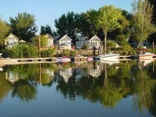 Delta waterfront cottage with dock available - Walnut Grove vacation rentals