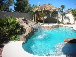 Las Vegas Villa 2 - 6 mi to Strip, heated Pool/Spa - Las Vegas vacation rentals