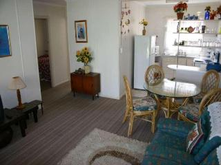Kawana Lodge unit 3 - Tweed Heads vacation rentals