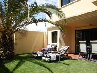 Apartment with private garden - Tarifa vacation rentals