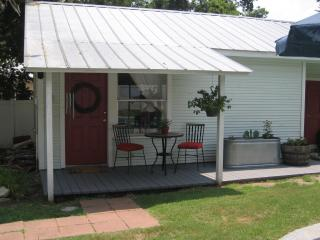 Cottage with Private Pool in Historic Downtown - La Grange vacation rentals