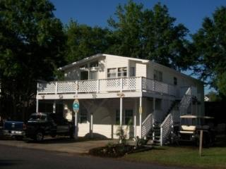 Sleeps 16 all in beds in ocean front resort - Murrells Inlet vacation rentals