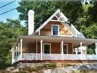 Charming Victorian Cottage in Seaside Village - Image 1 - Wareham - rentals