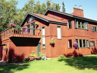 Secluded home less than 5 minutes to Kenai River - Kenai vacation rentals