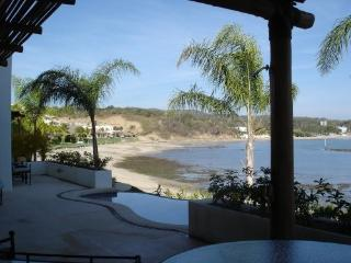 OCEANFRONT LUXURY TOWNHOUSE TURQUESA#1 - La Cruz de Huanacaxtle vacation rentals
