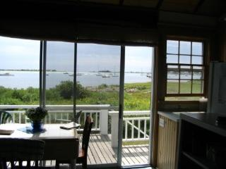 Riverfront cottage one mile from ocean - Fairhaven vacation rentals