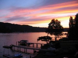 Relax, Play and enjoy the Sunshine at Big Lake! - Stanwood vacation rentals
