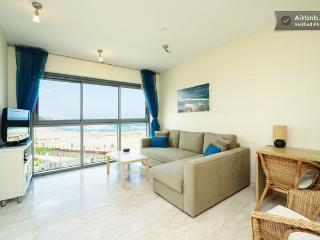*Okeanos Ba'marina view 1 Bedroom Suite Apartment* - Tel Aviv District vacation rentals