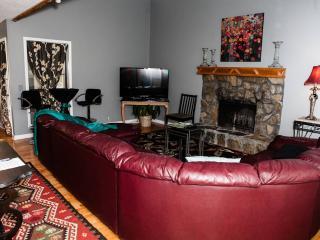 Nashville Contemporary Getaway - Lebanon vacation rentals