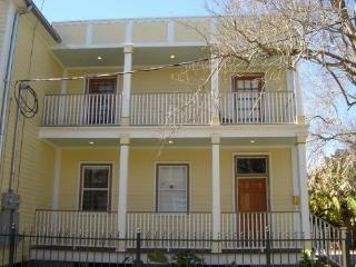New Orleans Uptown Garden District Townhouse - New Orleans vacation rentals