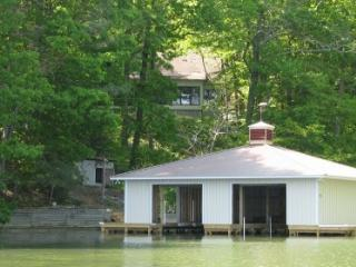 Totally Remodeled Rates based on dbl occup. - Guntersville vacation rentals