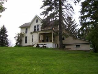 Charming colonial in private setting - Buffalo vacation rentals