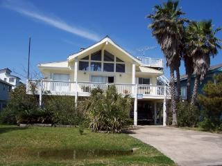 Galveston Getaway Home in beautiful Pirates Beach - Galveston vacation rentals
