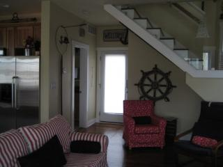 BEACHWALK NAUTICAL COTTAGE long/short term rental - Michigan City vacation rentals