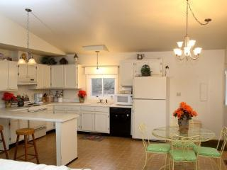 Cottage in Charlottesville - Charlottesville vacation rentals