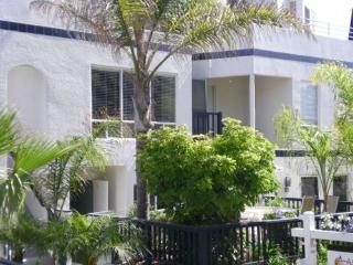 Mission Beach Vacation Condo Sleeps 6-8 - San Diego vacation rentals