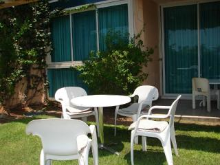 Charming garden apartment in relaxing Caesarea - Bet Hananya vacation rentals