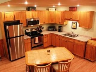 Sleeps 10 - 5 minutes from Weirs Beach - Laconia vacation rentals