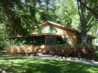 Luxurious Lakeside Home - Lake George vacation rentals