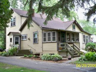 Auntie Esch's Country Home Rental Twin Lakes WI - Twin Lakes vacation rentals