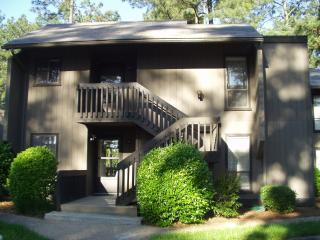 BEAUTIFUL 2BR PINEHURST CONDO - GOLF COURSE VIEW - Southern Pines vacation rentals
