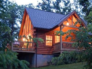 Lil' Bear Log Cabin with Breath-taking Bluff View! - Monteagle vacation rentals
