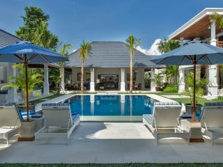 Villa Windu Asri - Raffles Style 6 bedroom Luxury - Seminyak vacation rentals