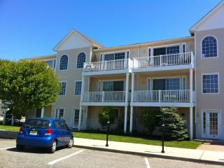 OCEAN VIEW-Close to Beach/Boardwalk-Free Internet - Wildwood vacation rentals