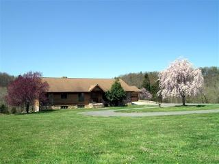 Rental home Shenandoah river. Secluded 160 acres - Basye vacation rentals