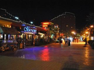 porto sokhna towers. wide sea view. diving,golf. - Ain Sukhna vacation rentals