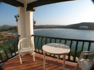 PORT 2 - Fornells vacation rentals