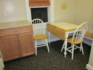 Wildwood Efficiency - close to the Convention Ctr - Wildwood vacation rentals