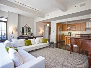 Huge Luxury Apartment in the Heart of Midtown - Manhattan vacation rentals