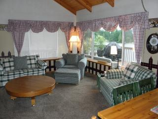Beautiful Family Friendly Lakehouse - Hoodsport vacation rentals