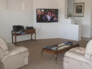 BEST VALUE IN TOWN - BOOK NOW & SAVE - Nevada vacation rentals