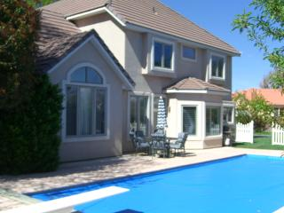 Large Home with Pool - Washington vacation rentals