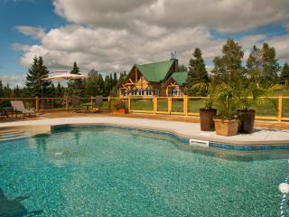 «Domaine des Pignons verts» Very warm and comfortable - Quebec City vacation rentals