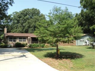 Beautiful Cottage on Lake Livingston Texas - Livingston vacation rentals