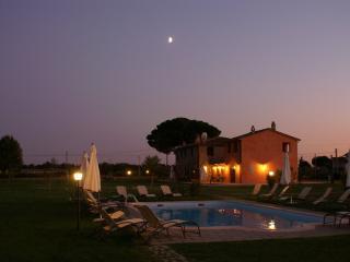 Villa Manciano - La Nuova Torretta - Castiglion Fiorentino vacation rentals