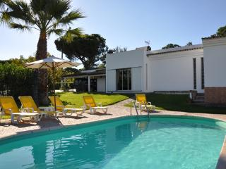 Casa Bisavos - Vale do Lobo vacation rentals