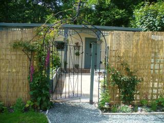 Riverside Retreat - Llanrhaeadr ym Mochnant vacation rentals