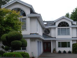 Mysty Woods Mansion - Executive Living - Victoria vacation rentals