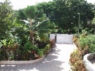 RESIDENCE MADELIA GUADELOUPE - Guadeloupe vacation rentals