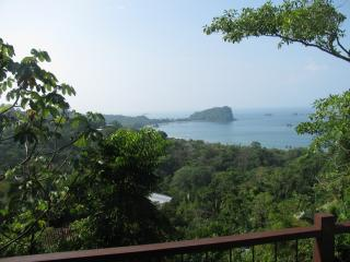 A HOUSE WITH AN AMAZING OCEAN VIEW! - Manuel Antonio vacation rentals