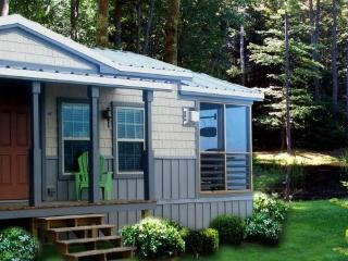 Charming Cottage on Amenity-Filled Resort - Old Orchard Beach vacation rentals