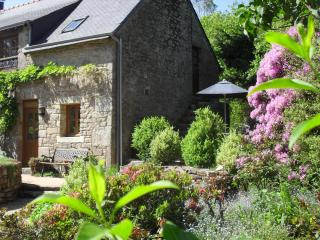 La Chouette with private heated pool - Quistinic vacation rentals