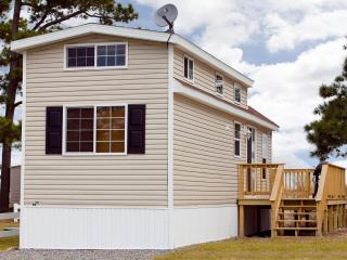 One Bedroom Cottage on Chesapeake Bay Resort! - Cape Charles vacation rentals