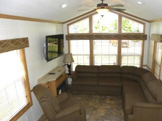 One Bedroom Rental on Resort in Glenbeulah! - Fond du Lac vacation rentals