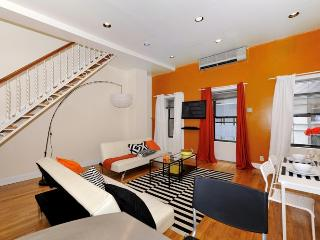 Gorgeous Duplex 2 Br / 2 BATH /7 Ppl With Private Roof Top - New York City vacation rentals