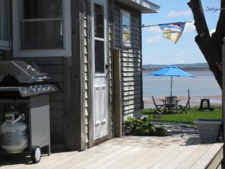 Oceanfront Cottage in Kingsport Nova Scotia - Canning vacation rentals